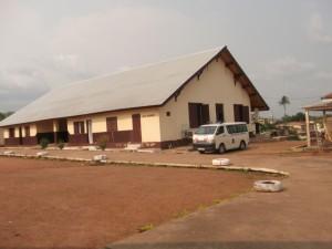 Les cotes parts au centre de la confusion dans Santé ambulance-mbyo-300x225