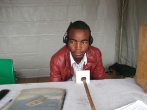 Technology FM Radio émet à l'Hôtel de Ville de Yaoundé dans Médias elvis-monju-300x225