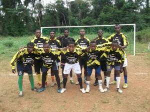 La coupe Fraternité bientôt pleine à Obokoé dans Sport jeunesse-vaincudemi-300x225