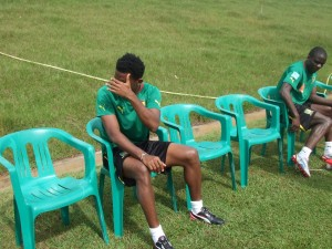 Samuel Eto'o a-t-il enfin quitté les Lions ? dans Sport etoo-fuit-300x225
