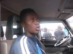 Un joueur de Lausanne FC abandonné sur une civière à Mfandena dans Sport maah-lausanne-300x225
