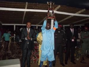 OM de Messock remporte la coupe Fraternité et le Fair-play dans Sport trophee-coupe-300x225
