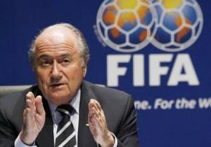 Coupe du monde : Sepp Blatter veut plus de places pour l'Afrique  dans Sport foot_blatter-300x210