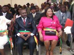 Amougou Noma ressuscité par Bibi Régine à Yaoundé  dans Politique effila-bibi-300x225